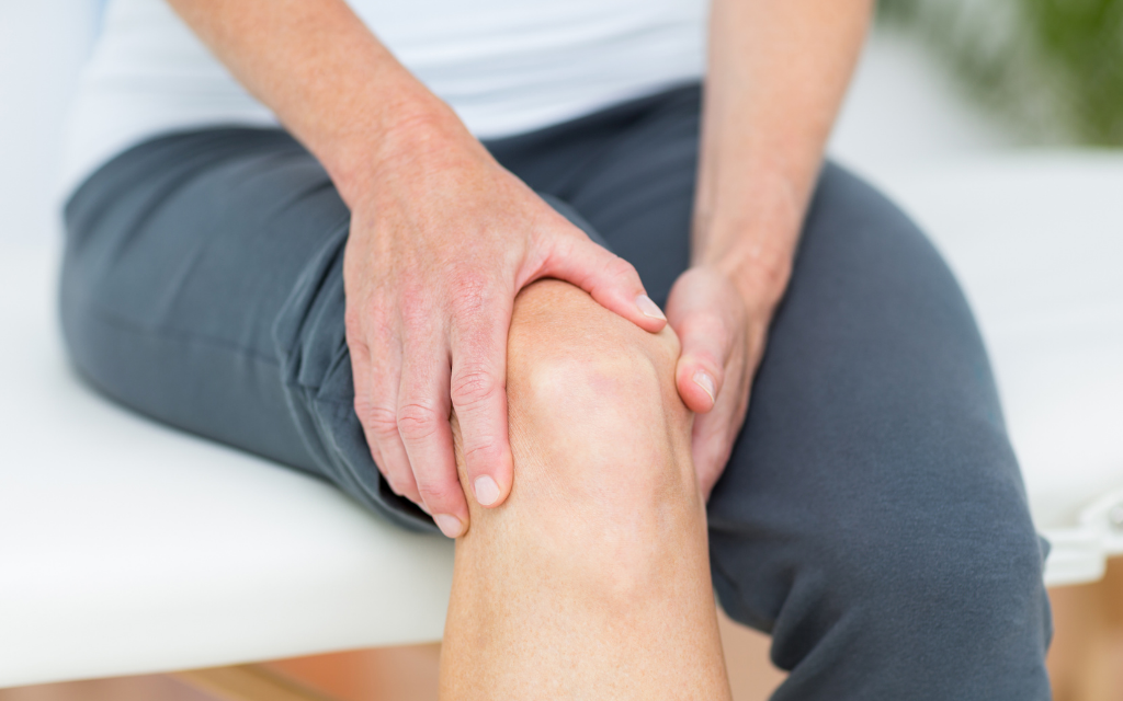 The Complete Guide To Knee Pain. Causes and Remedies